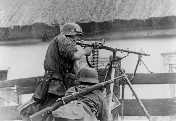 Lafette tripod-mounted MG34