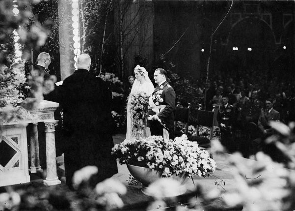 A prime example of garish vulgarity at its worst - the marriage of Hermann Göring to Emmy Sonnemann.