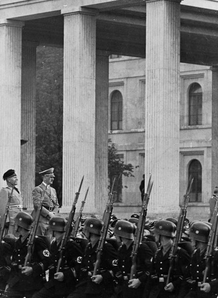 Hitler shows off his bodyguard to the Duce. Mussolini was visibly impressed by Germany's military strength.