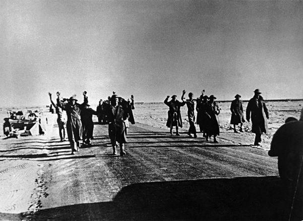 British tropps surrender to the Afrika Korps after the fall of Tobruk