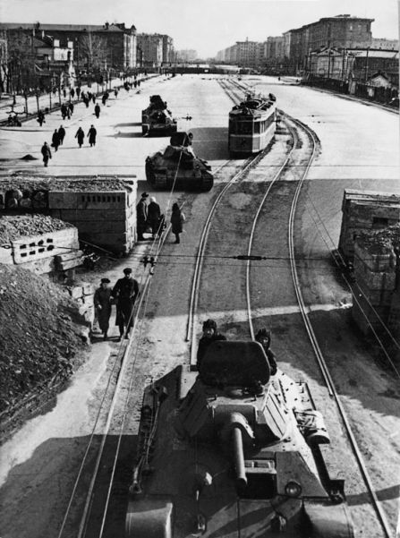 T-34 tanks in Leningrad