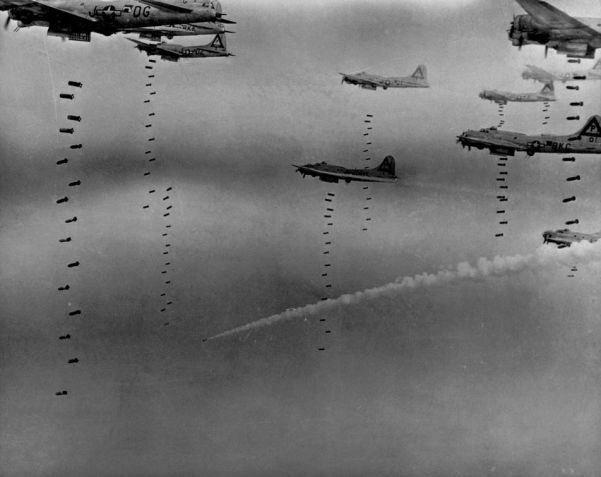 Boeing B-17 Flying Fotress bombers of the US 8th Amry Air Force unleasgh death and destruction on Dresden