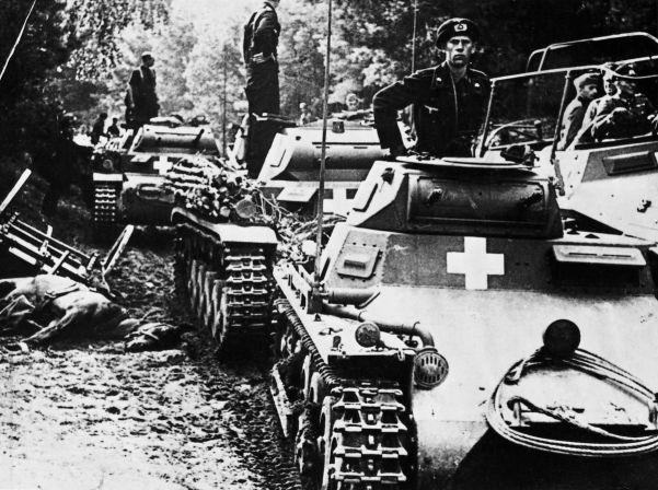 A column of Panzer I and II tanks