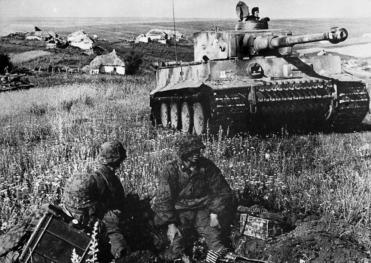 Advancing Tiger at Kursk