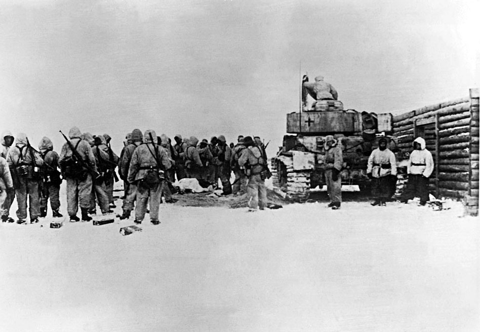 German troops and armor await orders to advance against Kharkov in February 1943